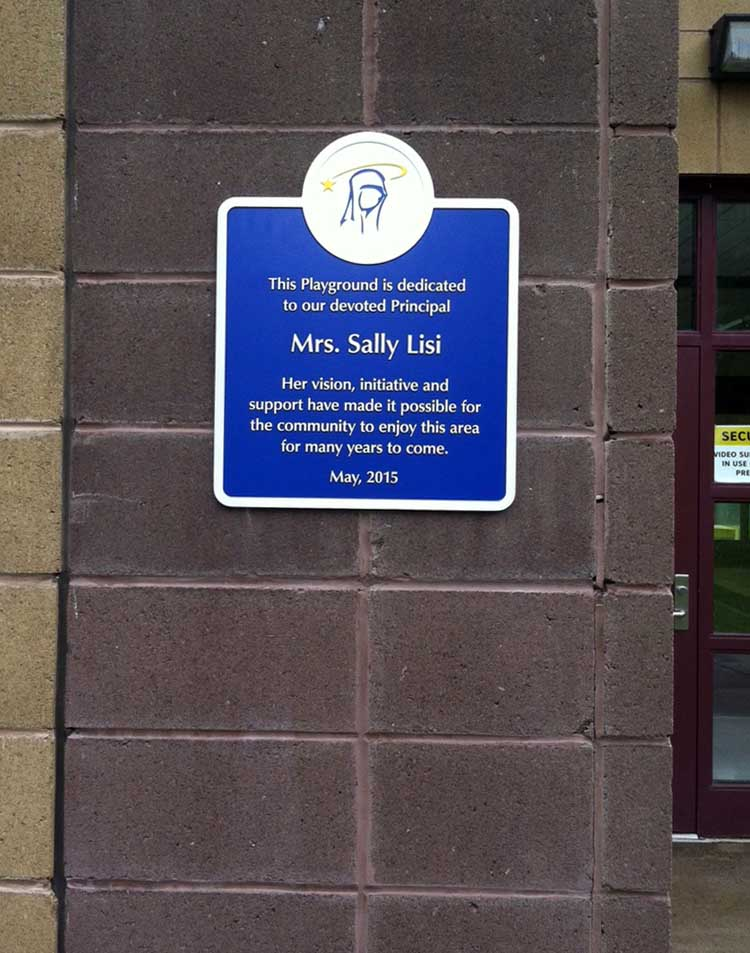 Plaques & Awards - Signage Systems