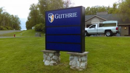 GUTHRIE HOSPITAL PYLON SIGN